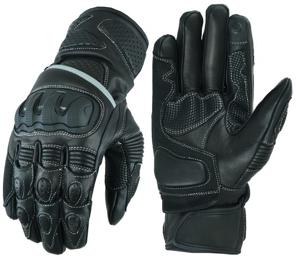 MOTORCYCLE GLOVES MADE OF LEATHER AND TPU PROTECTIONS
